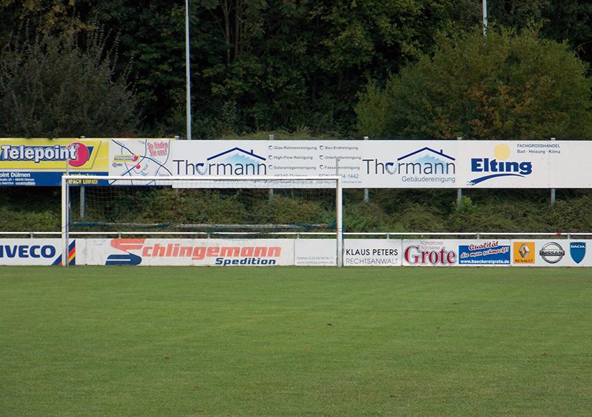 Bandenwerbung Gebäudereinigung Thormann Fußballstadion Dülmen